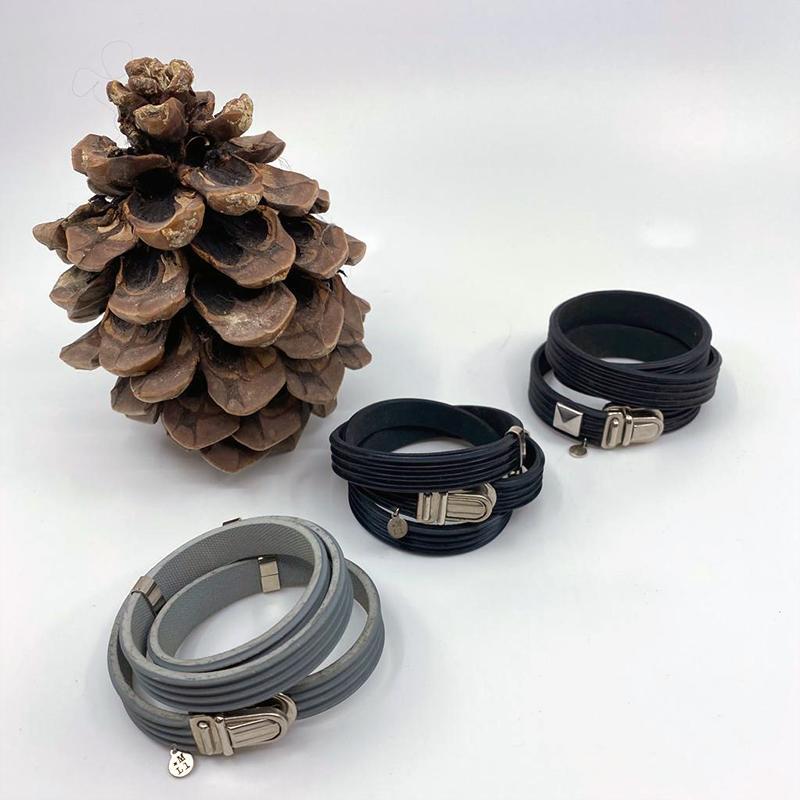 Bracelet en caoutchouc 3 tours, 20€ unité